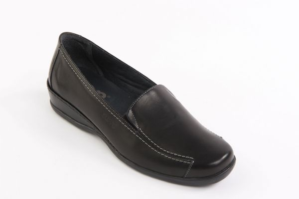 Maria slip on casual black soft leather shoe